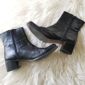 L.L. Bean Shoes - LL Bean Black Boots Size 11